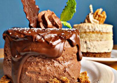 Törtchen Cafe Marzipan Mousse au Chocolat Crumble Mels Restaurant Hof Viehbrook
