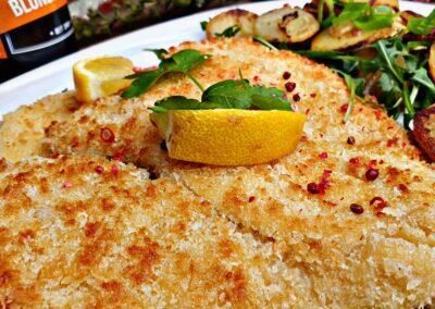 Schnitzel Zitrone Bratkartoffeln Beer Hof Viehbrook Mels Restaurant